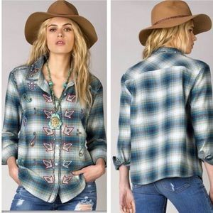 Miss Me Vintage Beaded Plaid Button Down Top S